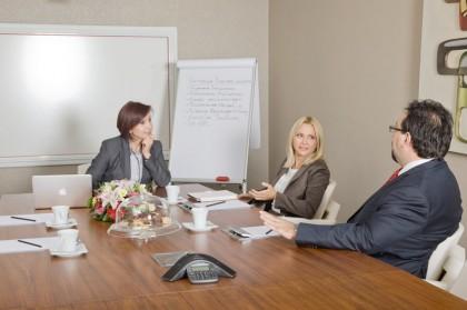 Semiha Unal in gesprek met ondernemers